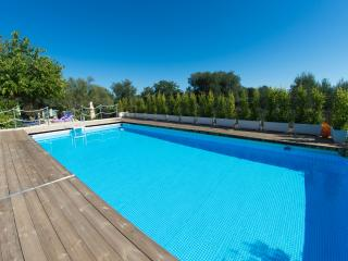 3 bedroom Villa with Internet Access in San Vito dei Normanni - San Vito dei Normanni vacation rentals