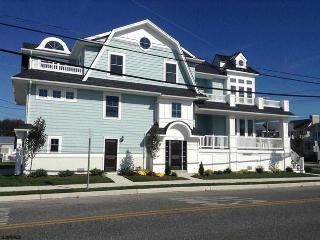 Brand New Custom 2nd floor Condo near boardwalk - Ocean City vacation rentals