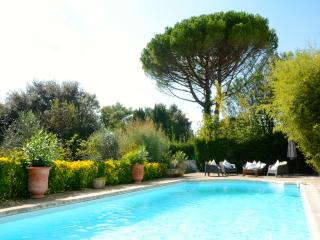CHARACTERFUL VILLA IN MONTPELLIER - Montpellier vacation rentals