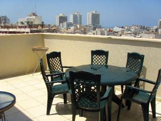 Duplex/Penthouse with Balcony Roof (Apt.23) - Tel Aviv vacation rentals