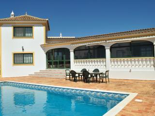 Villa With Breathtaking Views Over Sea And Faro - Santa Barbara de Nexe vacation rentals