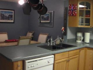 A relaxing NW Tucson Town Home - 3br2.5ba Loaded! - Tucson vacation rentals