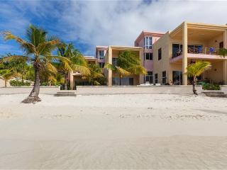 Coral Sands Unit 4 CORALSAN - West Bay vacation rentals