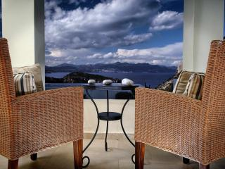 Beautiful seaview Villa with private pool - Istron vacation rentals