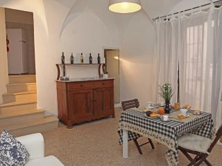 Le Scuderie di Palazzo Ammazzalorsa - OCTOPUS - Bisceglie vacation rentals