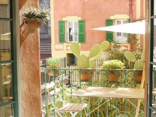 Malonat - 2 Bedroom Rental in the Old Town of Nice - Nice vacation rentals