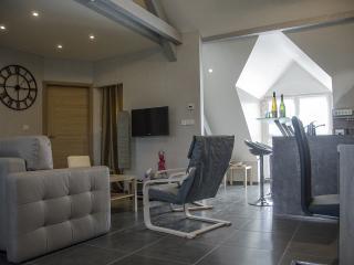 """Gîte & SPA  """"Côté verger"""" Merxheim Alsace (3Cham.) - Merxheim vacation rentals"""