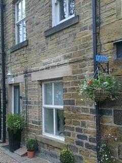 Ripple Cottage - 1 Bedroom Cosy Cottage (Sleeps 4) - Holmfirth vacation rentals
