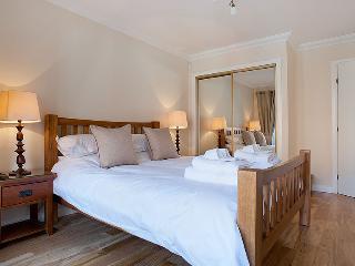 kelvingrove Apartments - Glasgow vacation rentals