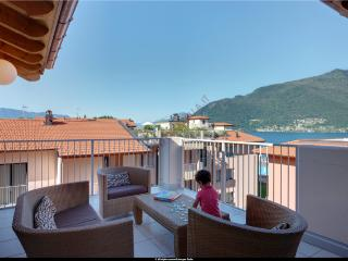 3 bedroom penthouse apartment with pool (BFY13415) - Maccagno vacation rentals