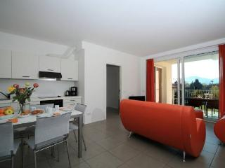 Lake Maggiore 3 bed apartment with pool - BFY13417 - Maccagno vacation rentals