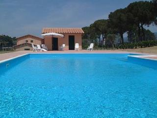 Perfect House with Internet Access and Tennis Court - Magliano Sabina vacation rentals