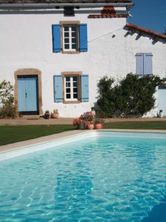 Charming 3 bedroom Saint Martin Laguepie Farmhouse Barn with Internet Access - Saint Martin Laguepie vacation rentals