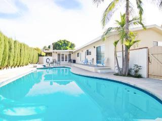 LA013 5 Bedroom Home with Pool next to Disneyland - Anaheim vacation rentals