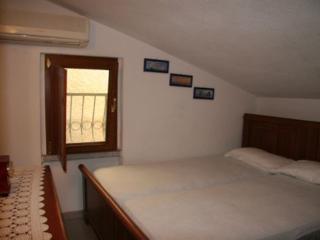 Perfect Condo in San Teodoro with Deck, sleeps 8 - San Teodoro vacation rentals