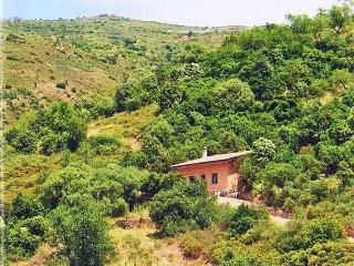 A COZY VACATION HOUSE SURROUNDED BY NATURAL BEAUTI - Lanusei vacation rentals