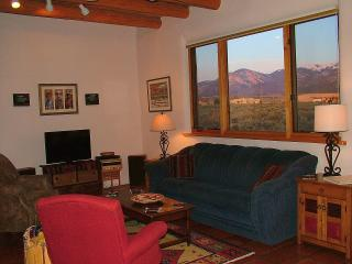 Bright House with Internet Access and Dishwasher - Taos vacation rentals