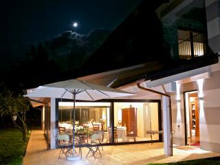 Agriturismo Bottega di Rosanna a Castagnole Lanze - Asti vacation rentals