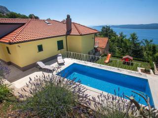 Villa Maruncela - Lokva Rogoznica vacation rentals
