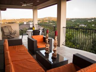 Gorgeous 4/3 Where Greenbelt Meets Metropolitan - Austin vacation rentals