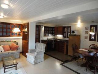 Casa em Gramado com conforto e segurança - State of Rio Grande do Sul vacation rentals