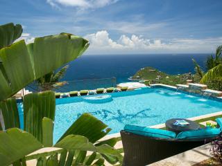 Deja View - Rendezvous Bay vacation rentals
