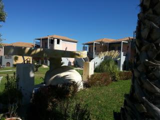 Ta Spitakia Tsarbopoulos - Kiparissia vacation rentals
