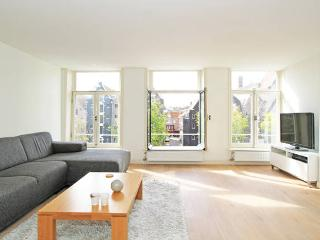 Beautiful Canal View - Jordaan Center of Amsterdam - Amsterdam vacation rentals