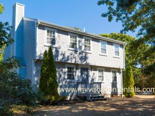 MAYOJ - Modern Lovely Home, Centrally located In the Dodger's Hole Area, Central AC - Edgartown vacation rentals