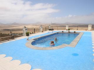 Apartment in Soo, Famara Bay, Teguise, Lanzarote - Caleta de Famara vacation rentals