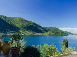 Castello Oldofredi - Monte Isola - Lake Iseo - Monte Isola vacation rentals