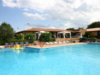 Sporting Residence - Large apartment with garden - Costa Paradiso vacation rentals