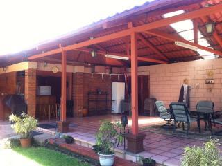 Casa Tipo Cabaña - Heredia vacation rentals