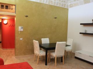 1 bedroom Condo with Short Breaks Allowed in Taranto - Taranto vacation rentals