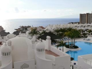 Sea-view townhouse, free Wifi, 2 bedrooms - Costa Adeje vacation rentals
