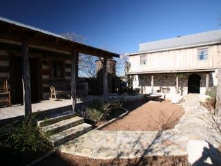 Romantic Cabin with Internet Access and Satellite Or Cable TV - Fredericksburg vacation rentals