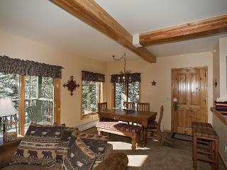 2 BD W/D Hot Tub Great Location April 8-20 $189/nt - Breckenridge vacation rentals