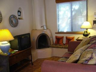 Cottonwood Cozy - Taos vacation rentals