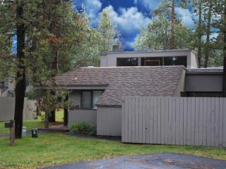 Meadow House 24 - Sunriver vacation rentals