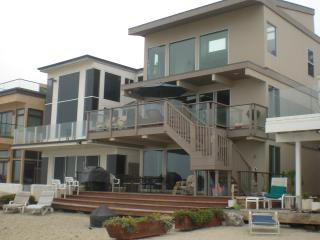 Large Family Beach House-Sleeps 10 (or 18 if rented with upper) 065 - Capistrano Beach vacation rentals