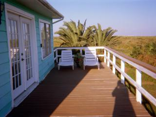 2 bedroom Cottage with Deck in Galveston - Galveston vacation rentals