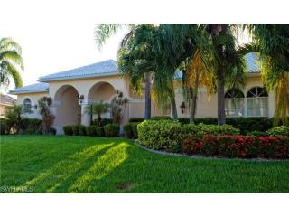 LUXURY DREAM HOUSE; Wonderful Location-Great Views - Cape Coral vacation rentals