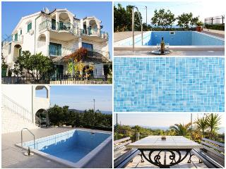 Beautiful Condo with Internet Access and A/C - Seget Vranjica vacation rentals