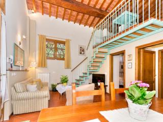 IL CEDRO - with garden close to Florence, near  Certosa di Firenze - Impruneta vacation rentals