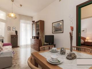 Cozy 2 bedroom Apartment in Milan - Milan vacation rentals