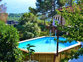 Charming 3 bedroom villa with pool near Sorrento - Vico Equense vacation rentals