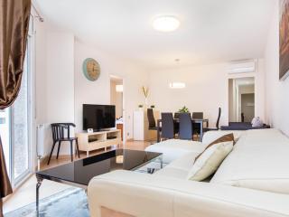 Golden Central Muntaner - Barcelona vacation rentals