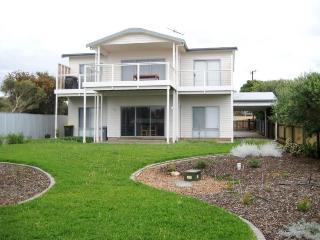 1 Gisborne Avenue, Sellicks Beach - Sellicks Hill vacation rentals