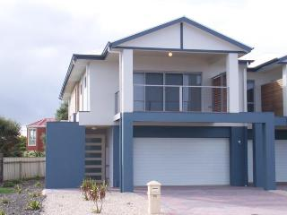 Beautiful 1 bedroom House in Seaford - Seaford vacation rentals