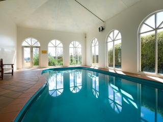 Convenient Villa with Hot Tub and Shared Outdoor Pool - Daylesford vacation rentals